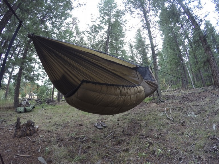 Brown Yeti Underquilt side view